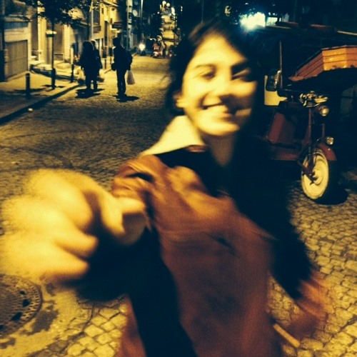 Nazanin yz's avatar