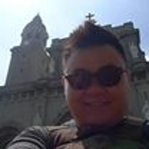 Wong Kwangyaw's avatar