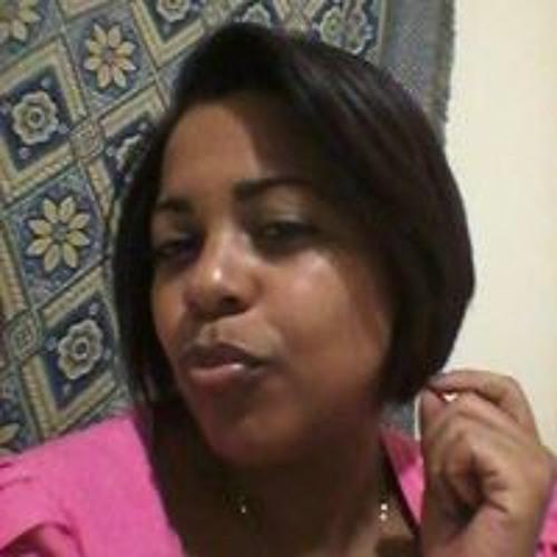 Raphaella Oliveira 9's avatar