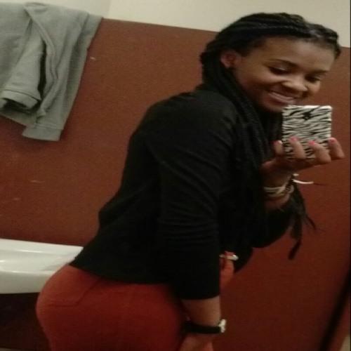 Cherwyne Desrosier's avatar