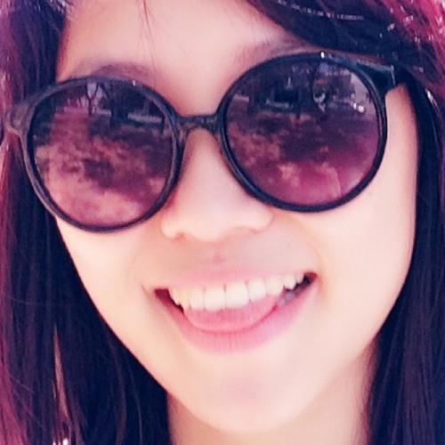 Cherry tan's avatar