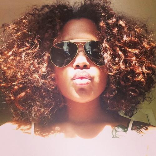Maya Bee Fizer's avatar