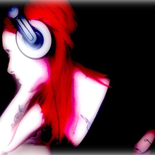 LADY TECHSMILE's avatar