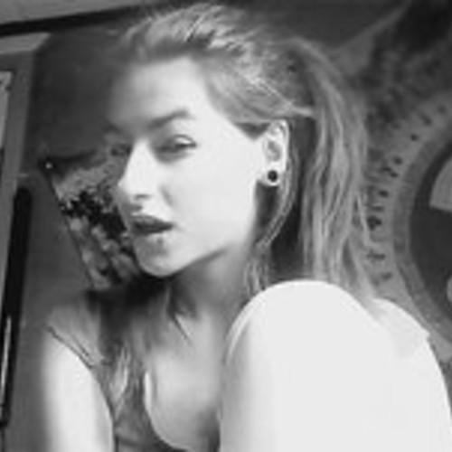 MarianneELawless8's avatar