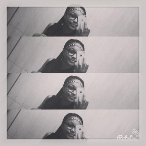 Lilianalopes's avatar