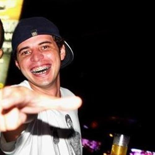 Rafael Rodrigues 382's avatar