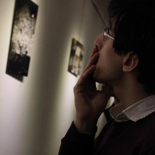 Arshia Adib Moradi's avatar