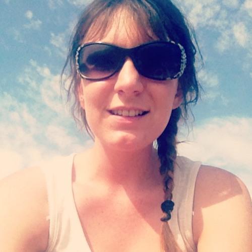 Julietta Jaffe's avatar