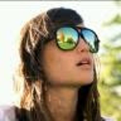 Fatima Khafaji's avatar
