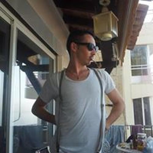 Lucas Ton Pote's avatar