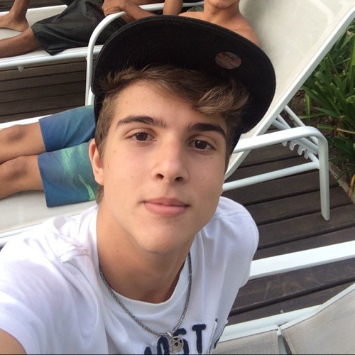 Lucas Henriques's avatar