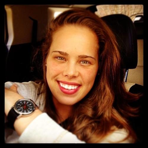 Melissa Lomax's avatar