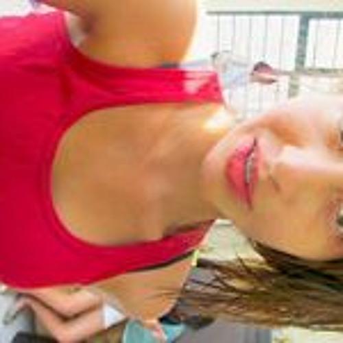 Estrella Toral's avatar