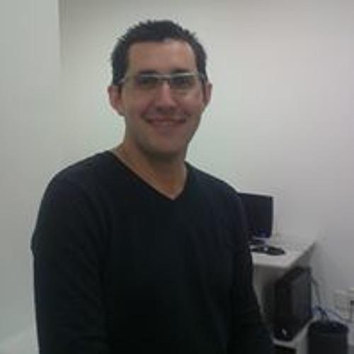Guillon Brito's avatar