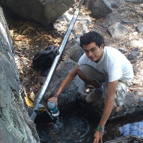 Agustín Rivera 4's avatar
