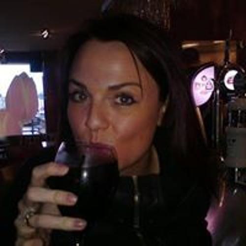 Fiona Mills 5's avatar
