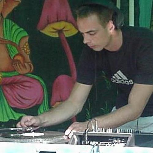 DJ Theoz's avatar