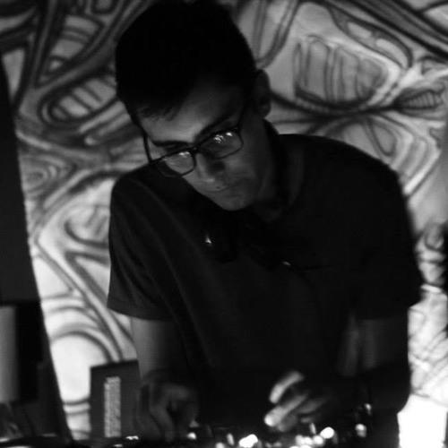 Julio Santana's avatar