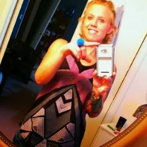 Danielle Skelton 2's avatar