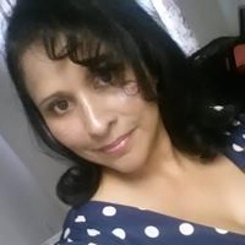 Carmen Reyes Reese's avatar