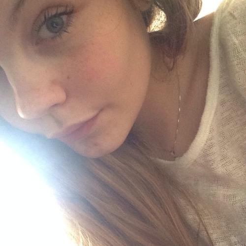 Yah Girl Nina's avatar