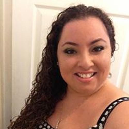 Monica Cermeno's avatar