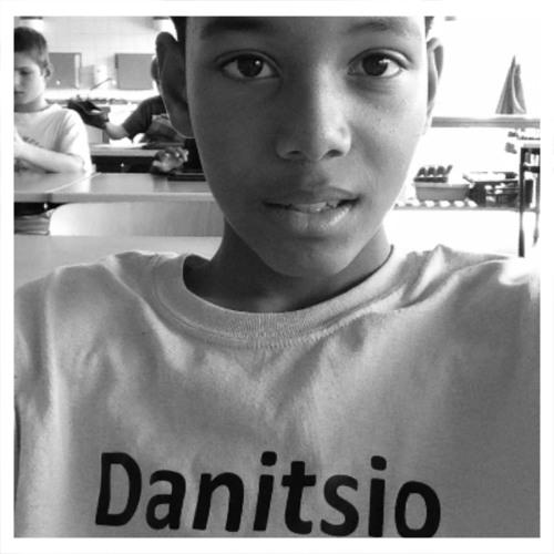 Danitsio Van der Boor's avatar