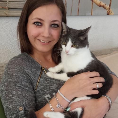Elena Hänggeli's avatar