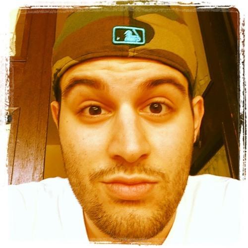 Renato Schiavone's avatar