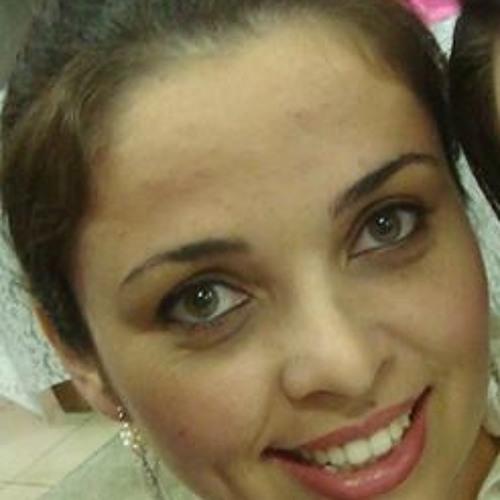 Gabriella Godoi's avatar
