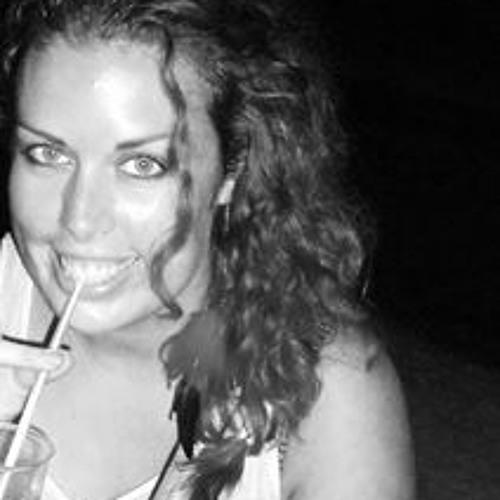 Masha de Vries's avatar