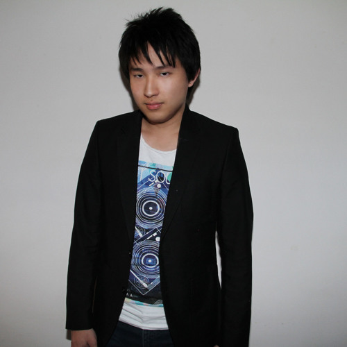 Kevin Charm's avatar