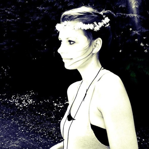 Anna Belle.'s avatar