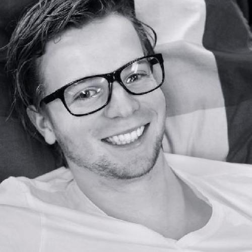 Simon Blue's avatar