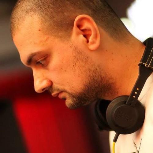 DJ ALEX DUTU HAPPY AND FUNKY