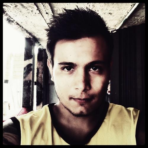 Camilo Apraéz's avatar