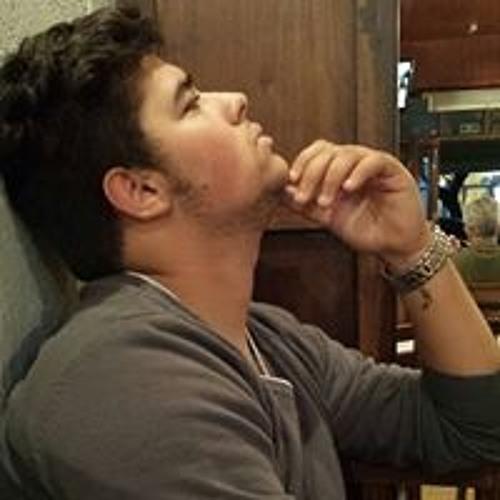 Lucas Torres 76's avatar