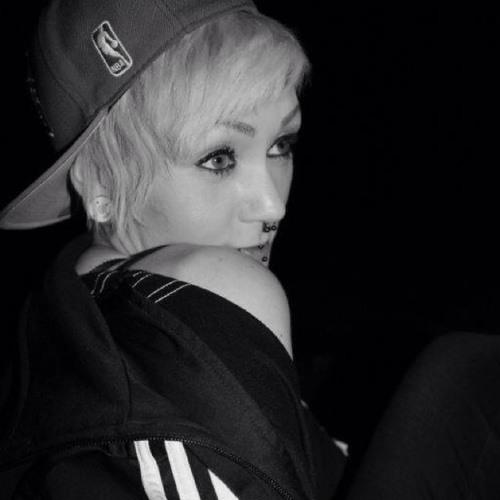 Chrissy Waschkewitz's avatar