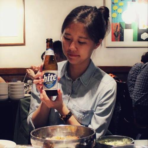 Anna J. Kim's avatar