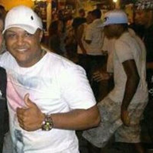 Douglas Mendes 44's avatar