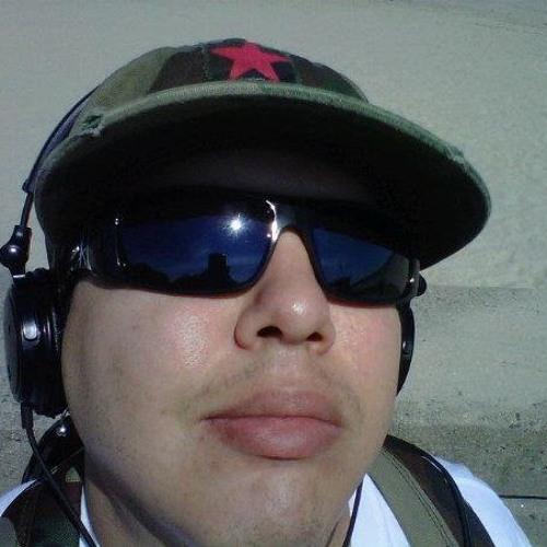 DENIS JR. URBAIN FLORES's avatar