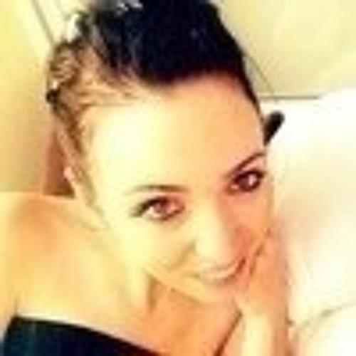 Iris Monnet's avatar