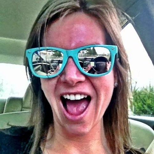 Amy Lavender's avatar