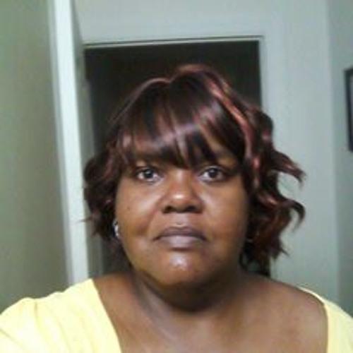 Shayna Holmes's avatar