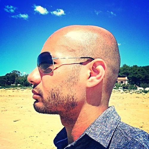 Carlos Silva's avatar