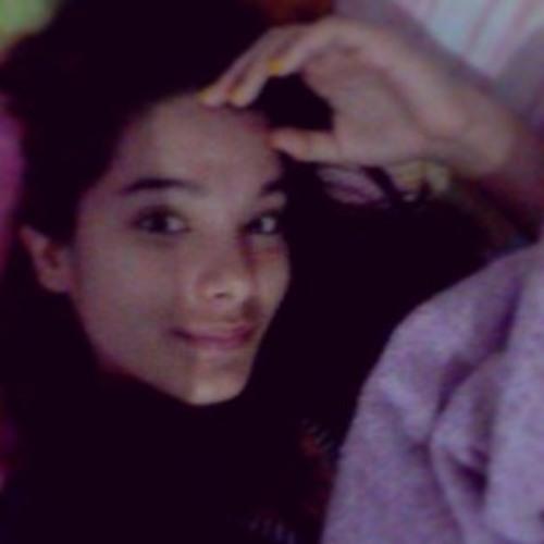 Isabella Escanhola's avatar