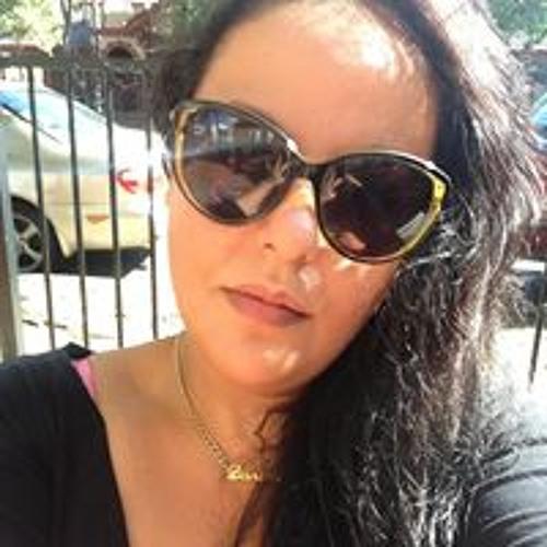 Danielle N Izaiah Karauna's avatar