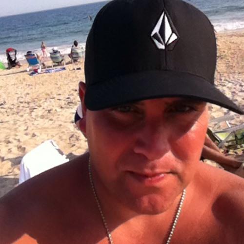 Louie Paternostro's avatar