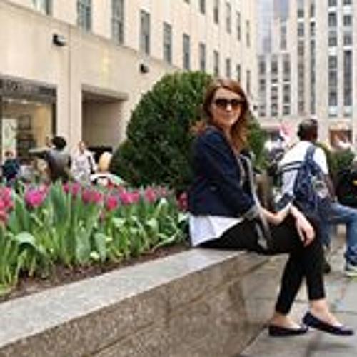 Ella Codreanu's avatar