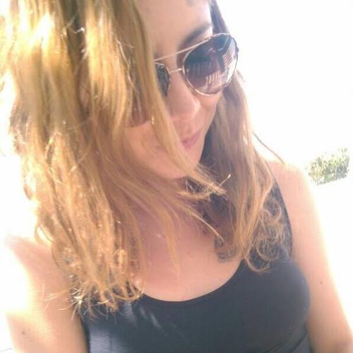 Cris Belén's avatar